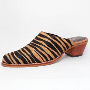 puntilla de cuero leopardo