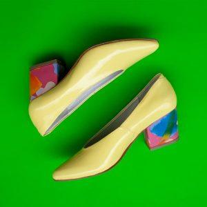 zapato amarello