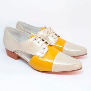 zapato oxford marfil